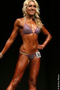 Andrea Bikiniathletin